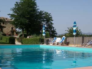 apartamentos, agroturismos, prestigiosas villas con piscina